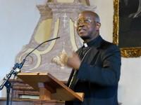 Kaisersaal-Ratzinger-Tagung-ErzbischofBarthelemyAdoukonou-P1010960